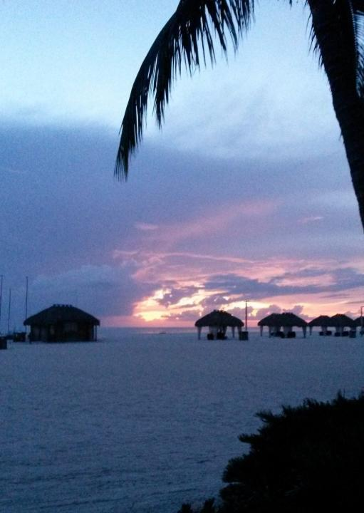 Sonnenuntergang am Strand des Marco Island Marriott Resorts