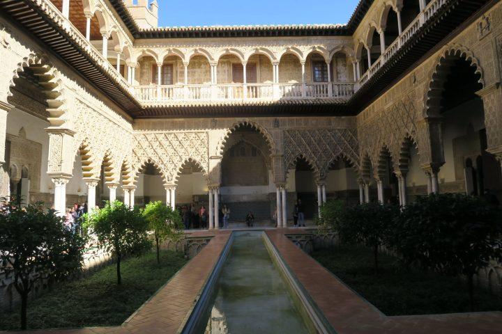 Innenhof der Alcazar de Sevilla