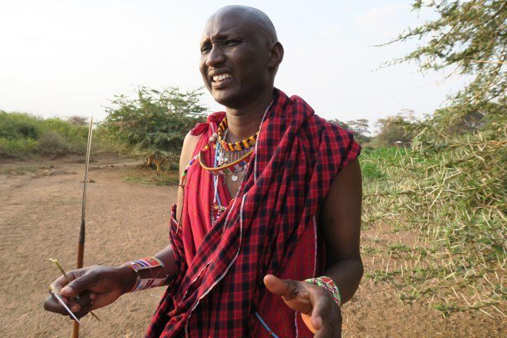 Buschzahnbürste, Kenia mit Kindern