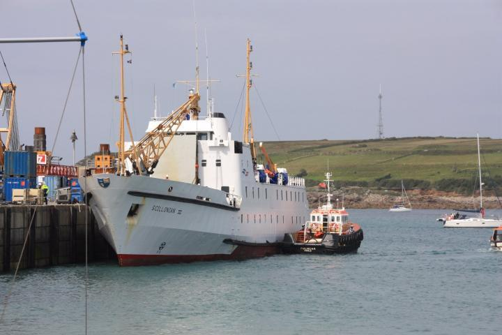 Scillonian III im Hafen von St. Mary's Isles of Scilly