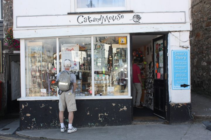 Cat and Mouse, Shop in Mousehole
