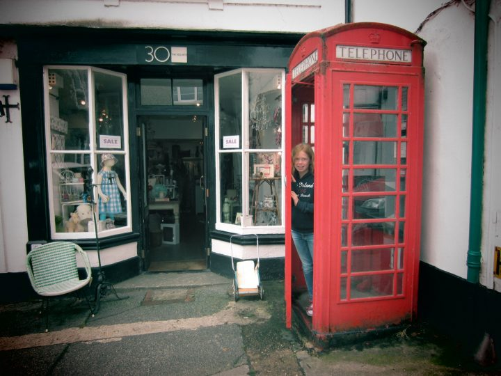 Rote Telefonzelle in Chagford