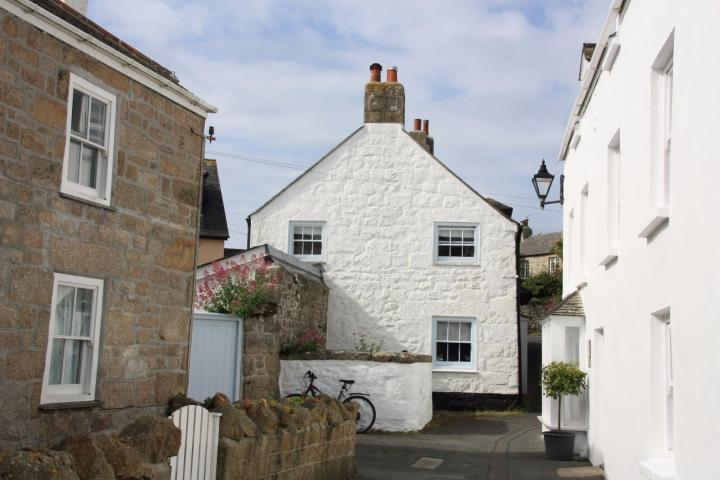 Stone Cottage in Hugh Town, St. Mary's Isles of Scilly