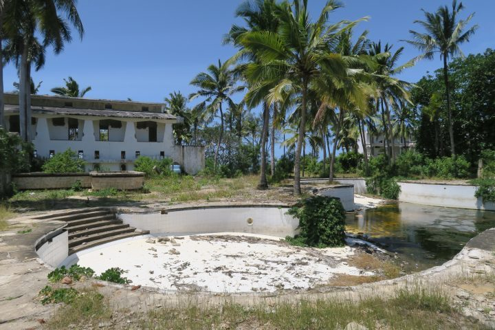 Lost Places, ASC Hotel, Kenia, Palm Beach Pool 2